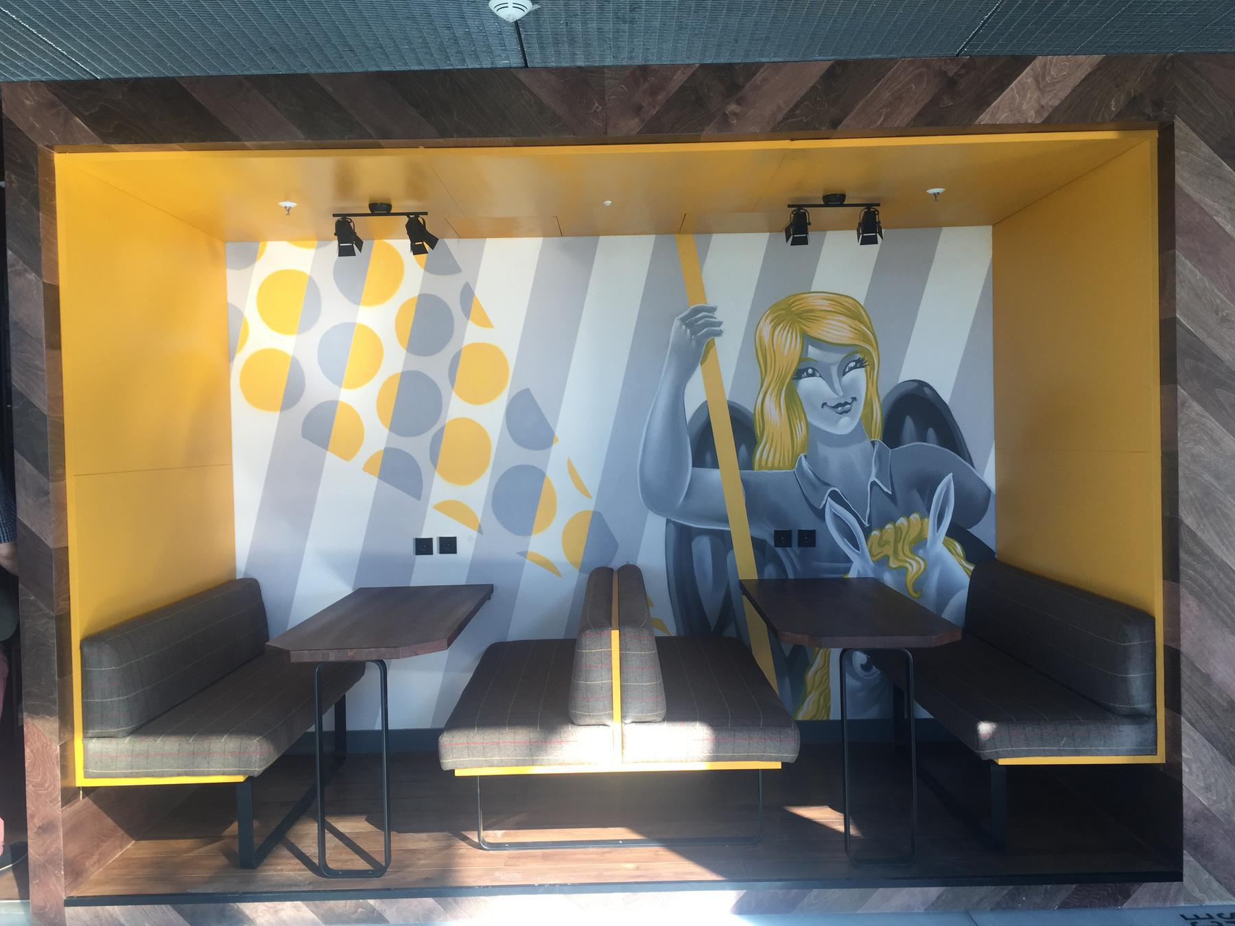 wework_open_meeting_booth2