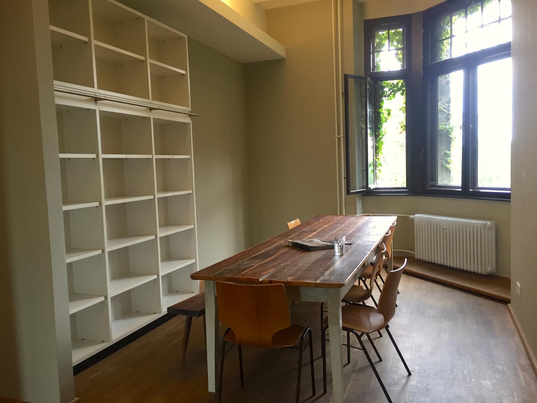 workspace_kitchen