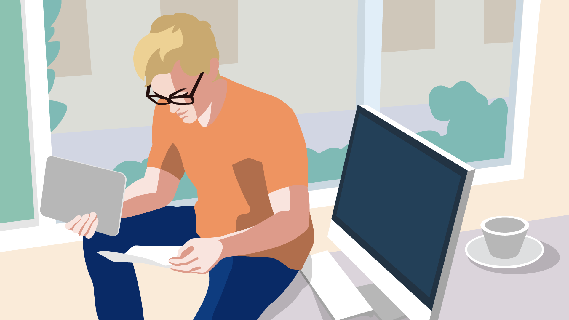 Mann mit orangenen Shirt betrachtet vor seinem Computer die Einkommensteuererklärung des Finanzamts.